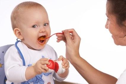 Lo que un bebe no debe comer