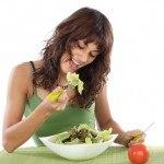 Comer menos sin mucho Esfuerzo: 9 Tips para conseguirlo